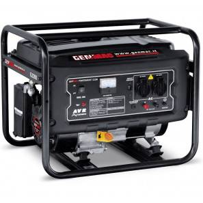 Genmac G2200 Generatore a Benzina 2200 Watt AVR